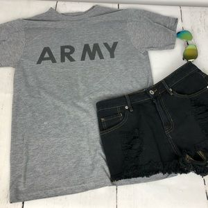 Army graphic T-shirt sz Small